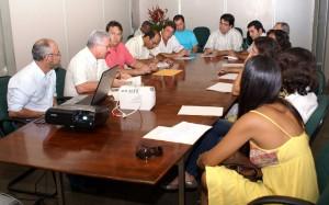 Reunião organiza eventos nacionais de apicultura na Bahia.