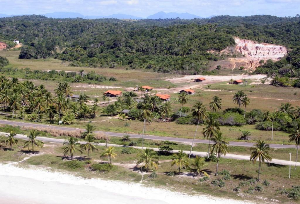 Terra de Naya onde seria construído o centro de convivência (foto José Nazal)